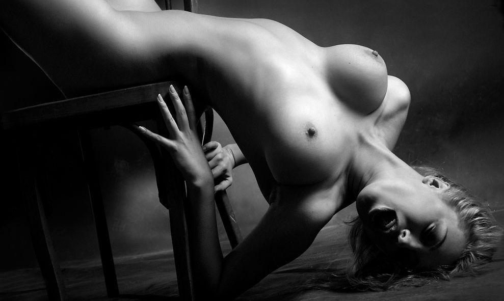 krasivoe-zhenskoe-eroticheskoe-foto