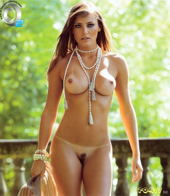 фото сексуальных голых девушек без купальника